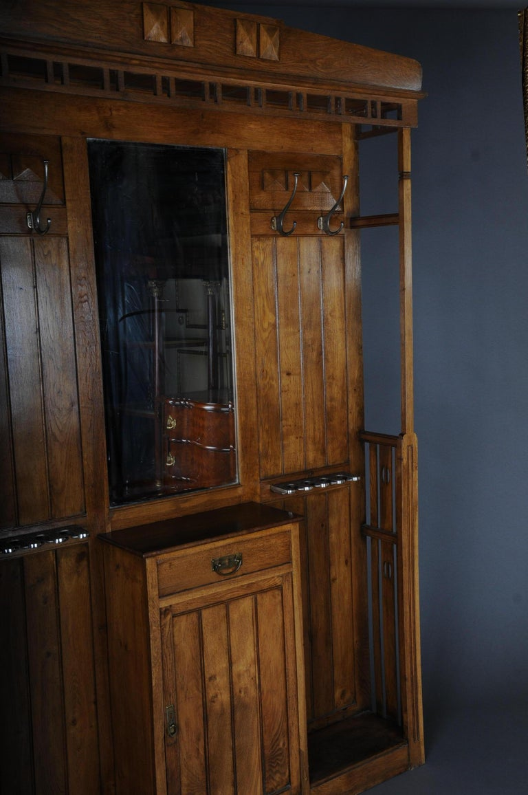 Unique Art Nouveau Wall Wardrobe Oak, circa 1900 For Sale 2