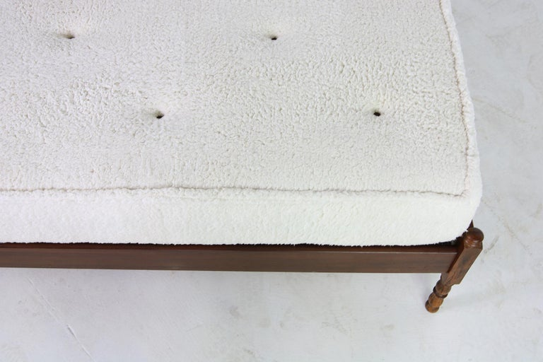 Unique Brazilian Midcentury Design Bed, Teddy Fur & Leather Tufted Daybed, 1950s For Sale 4