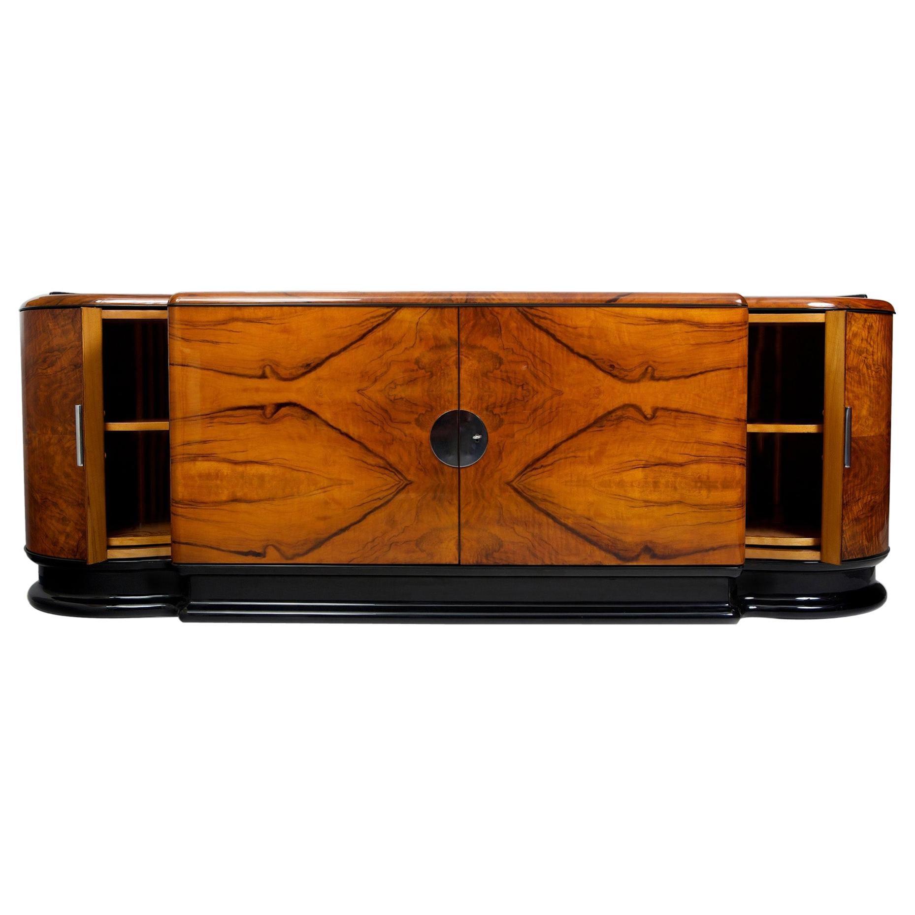 Unique Czech Walnut Art Deco Saloon Sideboard by Jindrich Halabala, UP Zavody