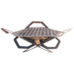 Unique Design of Demountable Fire Pit or BBQ Made of Plasma Cut Steel