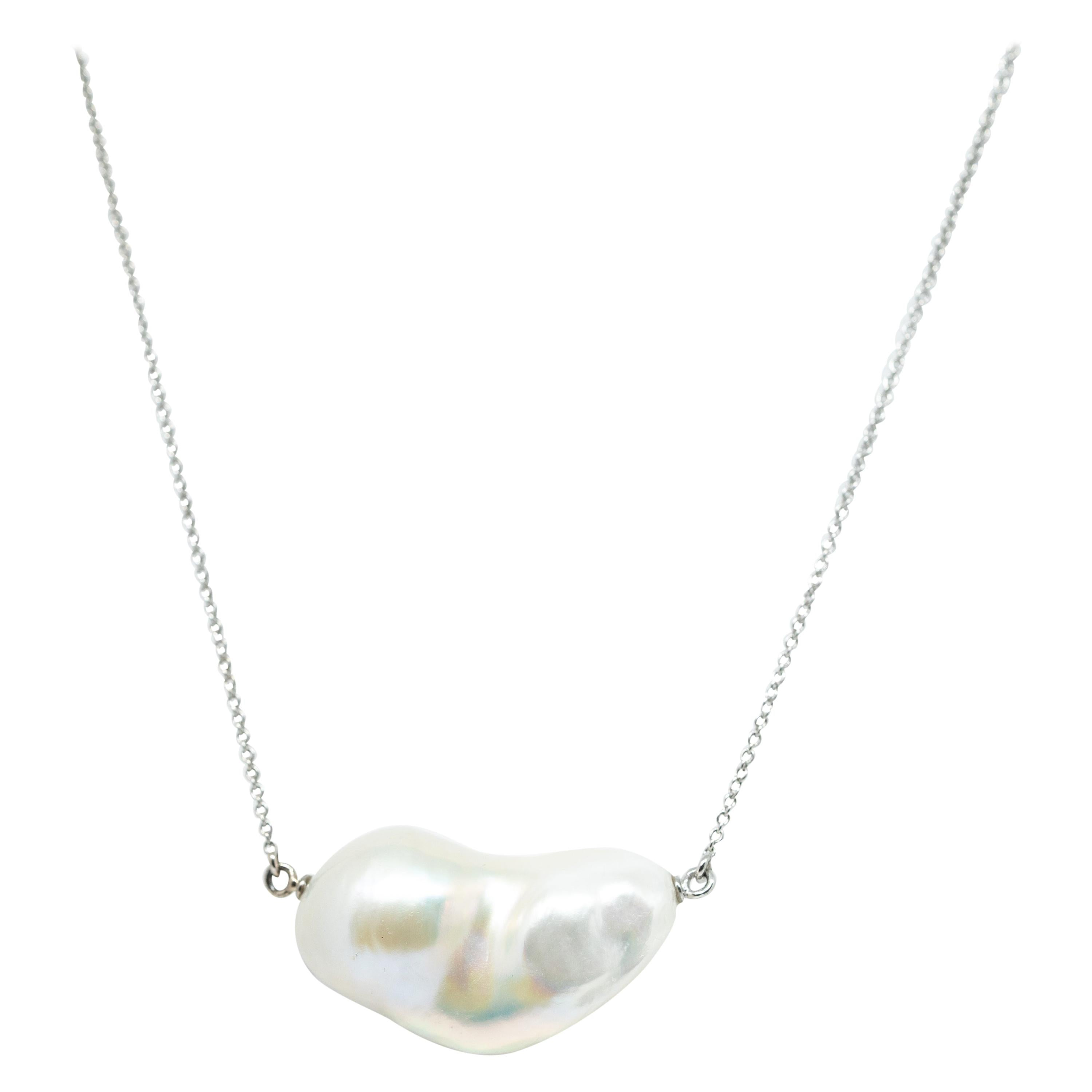 Unique Freshwater Baroque Pearl Set on 18 Karat Gold Chain by Marion Jeantet