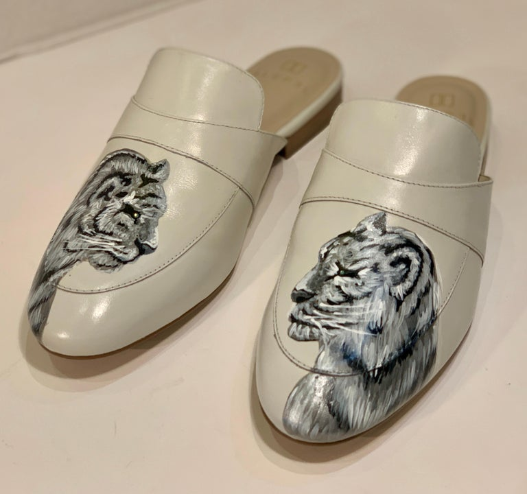 Unique Hand Painted White Tiger Mule Shoes with Swarovski Crystal Eyes Size 10 For Sale 1