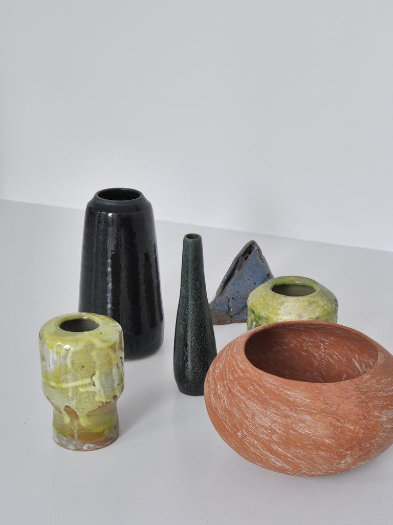 Unique High Blue Stoneware Vase by Ole Bjørn Krüger, 1960s Danish Modern For Sale 6