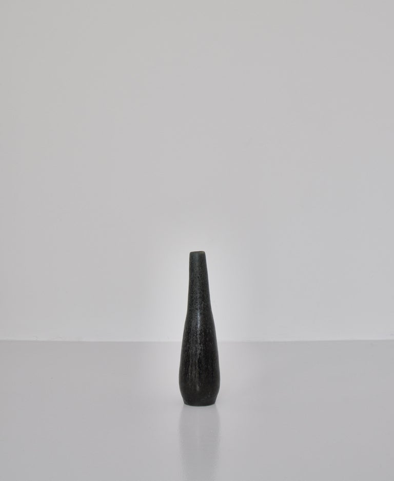 Mid-20th Century Unique High Blue Stoneware Vase by Ole Bjørn Krüger, 1960s Danish Modern For Sale