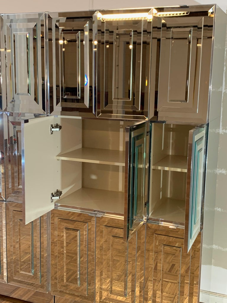 Unique Hollywood Regency Custom Ello Mirrored Breakfront or Sideboard with Bar In Good Condition For Sale In St. Louis, MO
