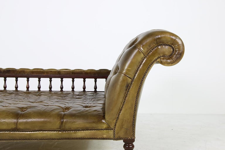 Unique Large Midcentury Daybed, Chesterfield Bed, Midcentury, Recamier, Sofa For Sale 4