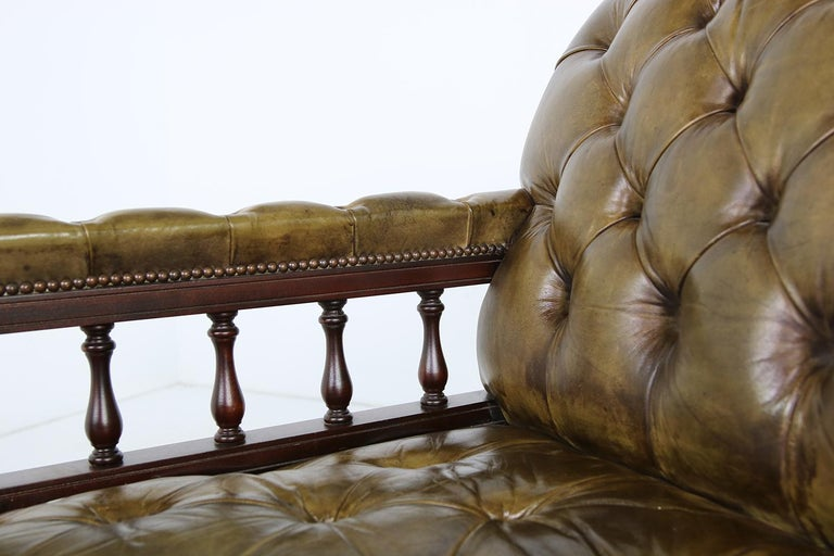 Unique Large Midcentury Daybed, Chesterfield Bed, Midcentury, Recamier, Sofa For Sale 5