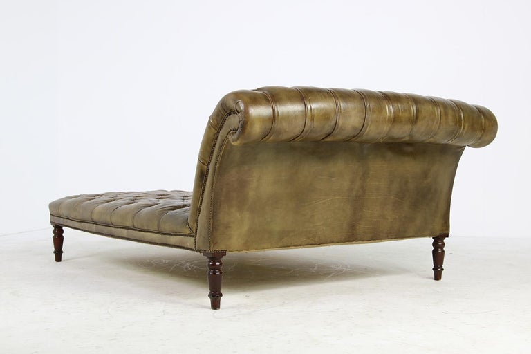 British Unique Large Midcentury Daybed, Chesterfield Bed, Midcentury, Recamier, Sofa For Sale