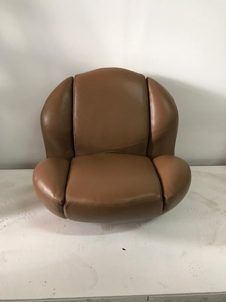 Unique Organic Italian Leather Lounge Chair by Comfortline For Sale 11