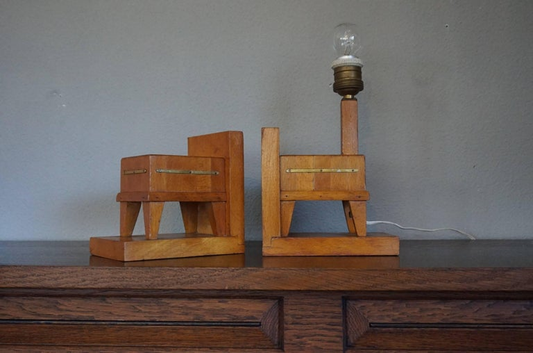 20th Century Pair of Wooden Art Deco Butcher Block Bookends with Integrated Table Light For Sale