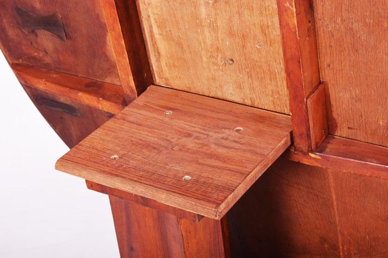 Unique Restored Austrian Biedermeier Walnut Folding Round Table, 1830s For Sale 4