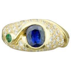 Unique Sapphire Diamond and Emerald Ring in 18 Karat