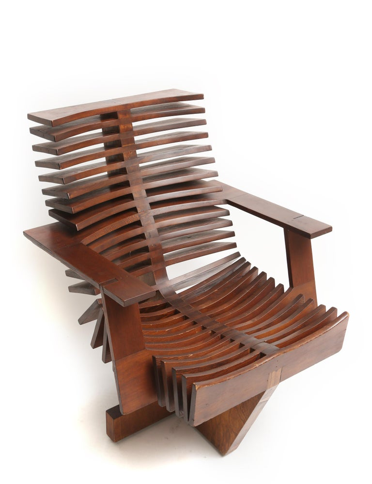 Unique Sculptural Pine Chair In Good Condition For Sale In West Palm Beach, FL