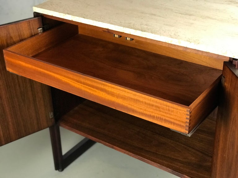 Mid-20th Century Striking Sideboard by Jens Risom in Rosewood Walnut and Travertine Marble For Sale