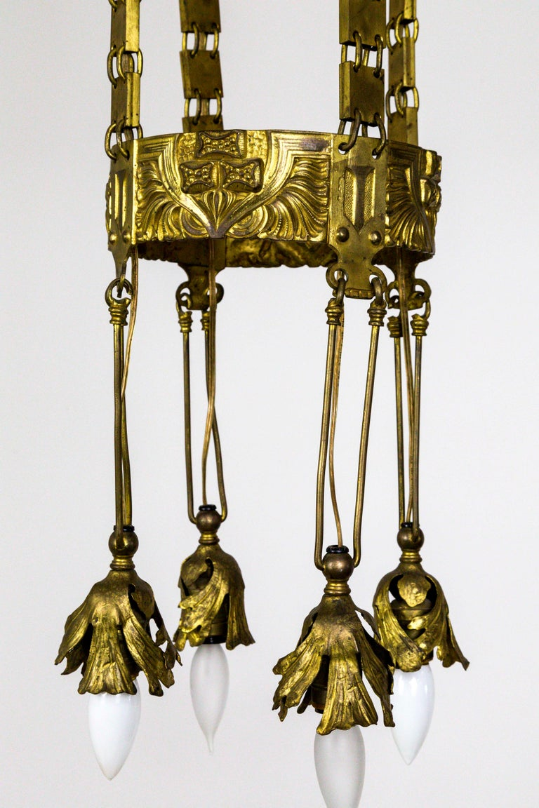 Unique Vienna Secession Brass Nouveau Chandelier with Square Chain and Foliage For Sale 1