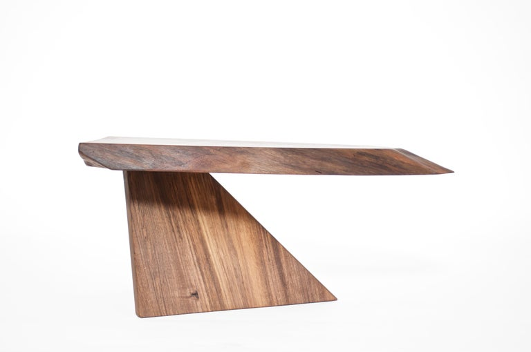 Unique Walnut Signed Table by Jörg Pietschmann In New Condition For Sale In Geneve, CH