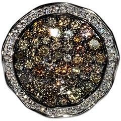 Round 18 Karat White Gold Multi-Color Diamond Ring