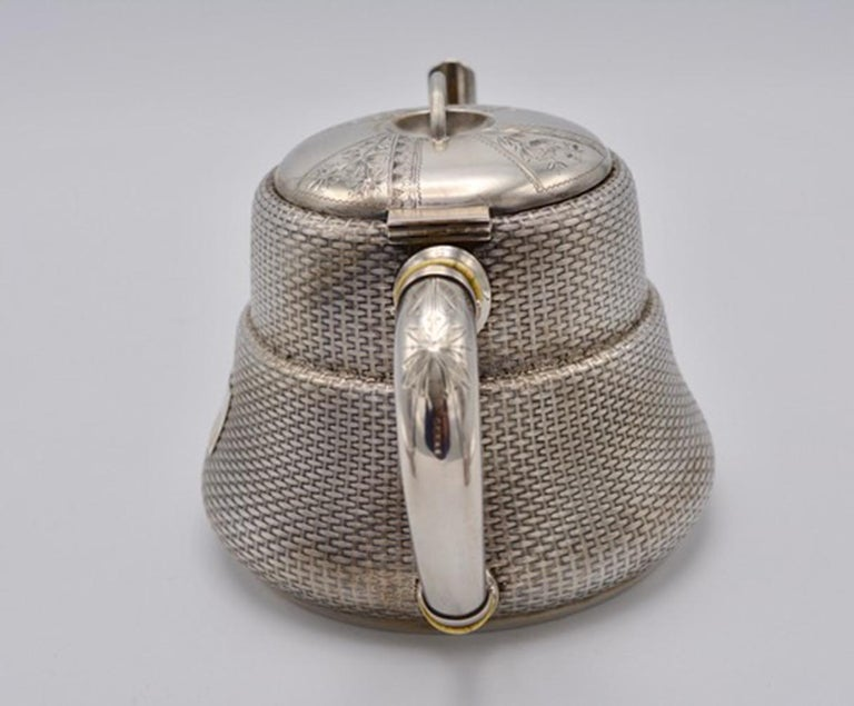 Unique Wood and Hughes 3-Piece Sterling Silver Japaneseque Basket-Weave Tea Set In Excellent Condition For Sale In Montreal, QC