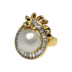 Uniquely Shaped Yellow Gold Cocktail Ring with Cultured Pearl and Diamonds