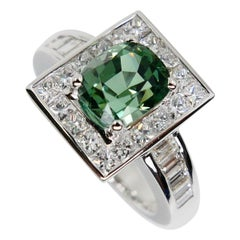 Unisex, 2.02 Carat Mint Green Tourmaline and Diamond Cocktail Ring