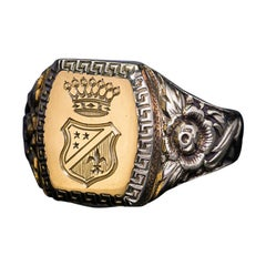 Unisex Vintage Engraved Gold Armorial Signet Ring, 1930s