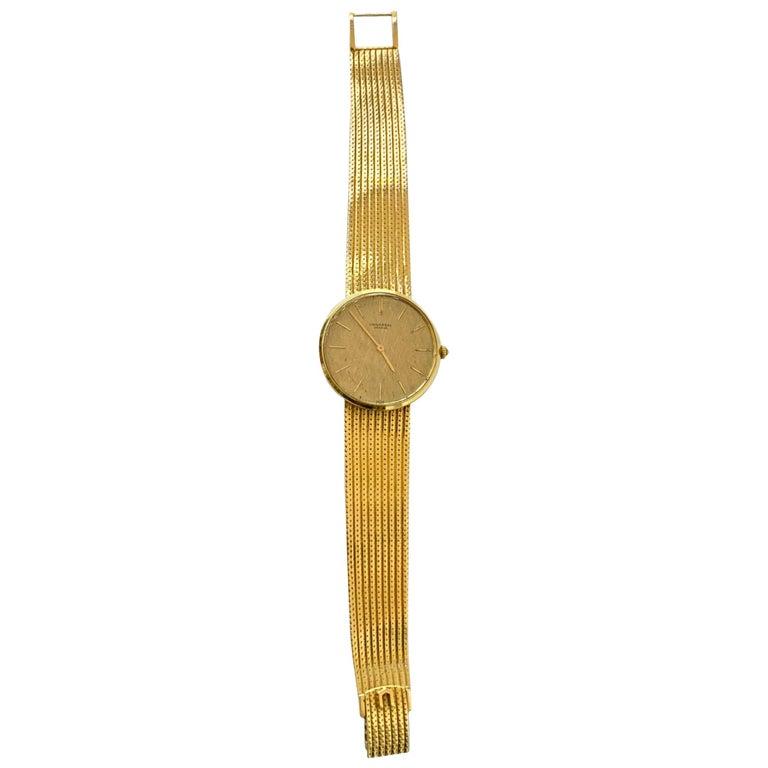 Vintage Universal Geneve 18 Karat Yellow Gold Wristwatch 1960s