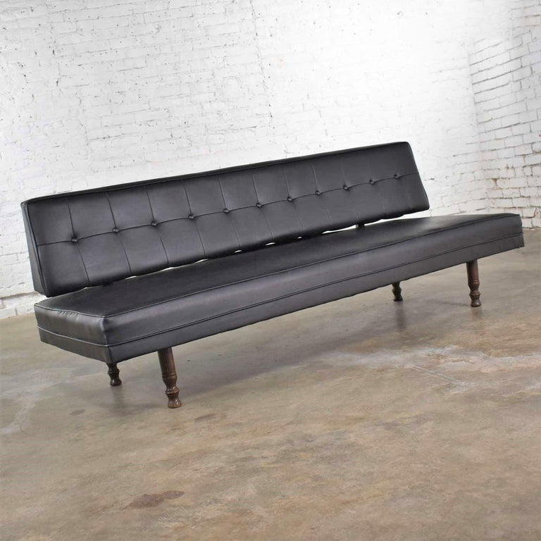 Universal of High Point Midcentury Black Vinyl Faux Leather Convertible Sofa In Good Condition For Sale In Topeka, KS