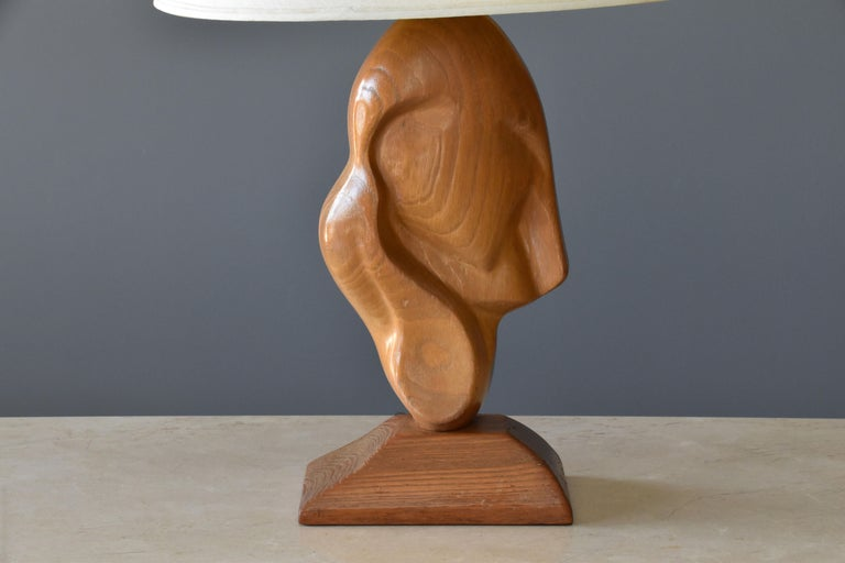 American Unknown modernist craftsman, organic table lamp, oak, fabric, America, 1960s  For Sale