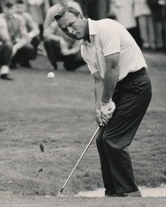 Arnold Palmer on the Green Fine Art Print