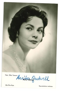 Autograph Portrait of Anita Gütwell - Original b/w Postcard - 1950s