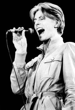 David Bowie Singing Passionately Globe Photos Fine Art Print