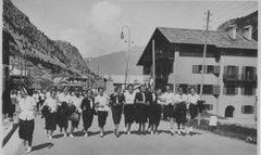 Fascism Period in Italy - Girls in Uniform - Vintage b/w Photo - 1934 ca.