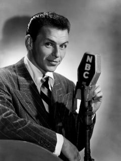 Frank Sinatra on NBC Globe Photos Fine Art Print