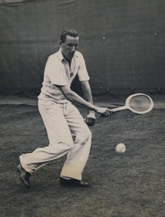 FRED PERRY (PERRY SMASHES ONE) - VINTAGE PHOTOGRAPH - BLACK & WHITE PHOTOGRAPHY