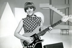 Italian Singer Caterina Caselli with a Guitar - Vintage B/w Photo - 1960s