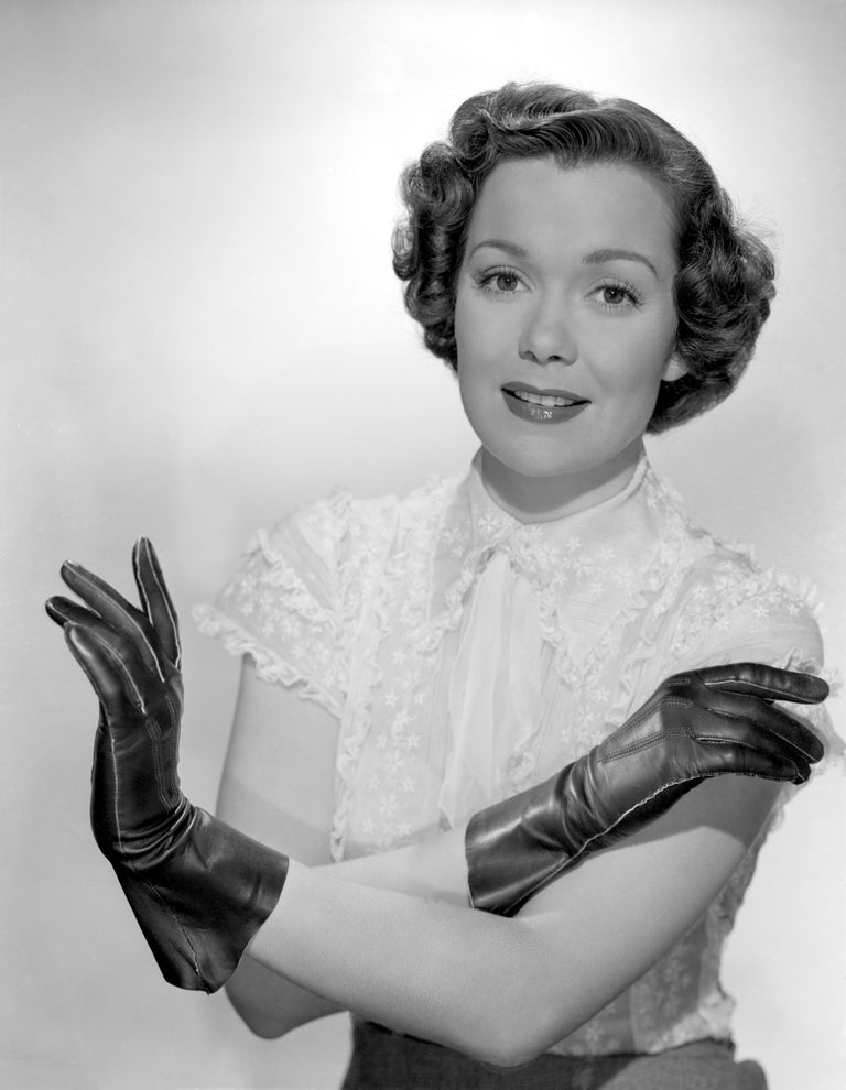 Unknown Black and White Photograph - Jane Wyman in Lace Gloves Movie Star News Fine Art Print