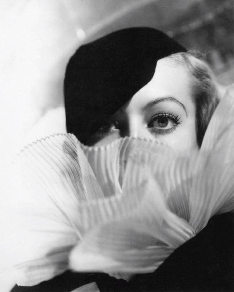 Joan Crawford (1933) Silver Gelatin Fibre Print