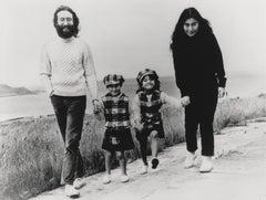 John Lennon and Yoko Ono: Family Globe Photos Fine Art Print