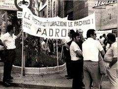 Manifestation of CNEN 1971 - Original Photograph - 1971
