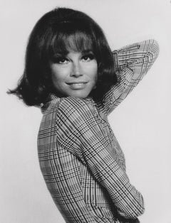 Mary Tyler Moore Posed in the Studio Fine Art Print