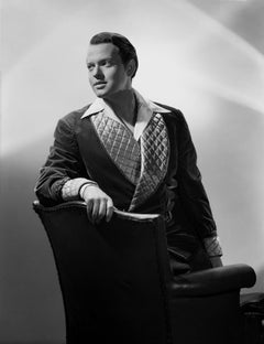 Orson Welles Posed in Smoking Jacket Movie Star News Fine Art Print