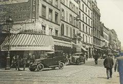 Paris, Faubourg du Temple, 1926 - Silver Gelatin Black and White Photograph