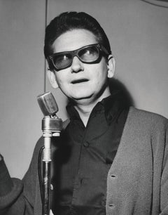 Roy Orbison in Sunglasses II Globe Photos Fine Art Print