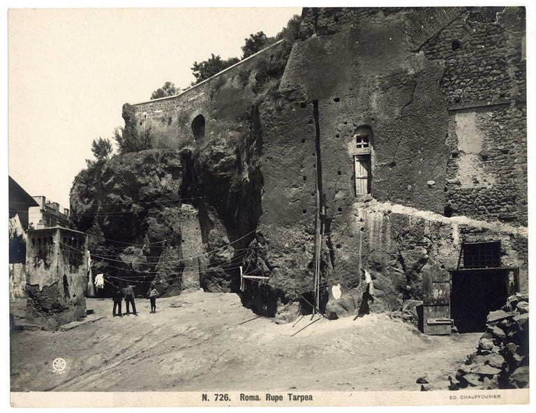 Unknown Black and White Photograph - Rupe Tarpea in Rome  - Vintage Photo 1920s