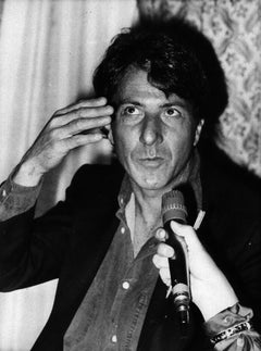The American Actor Dustin Hoffman - Original Vintage Photograph - 1983