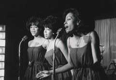 The Supremes Performing Globe Photos Fine Art Print