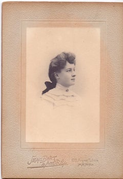 Vintage photo portrait by Studio Seambart & Andrè - Paris 1910s
