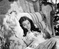 Vivien Leigh Lying in Bed in Gone with the Wind Globe Photos Fine Art Print