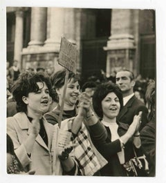 Women Manifest - Historical Photographs About the Feminist Movement - 1960s