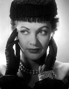 Yvonne De Carlo Stunning Glamour Portrait Movie Star News Fine Art Print